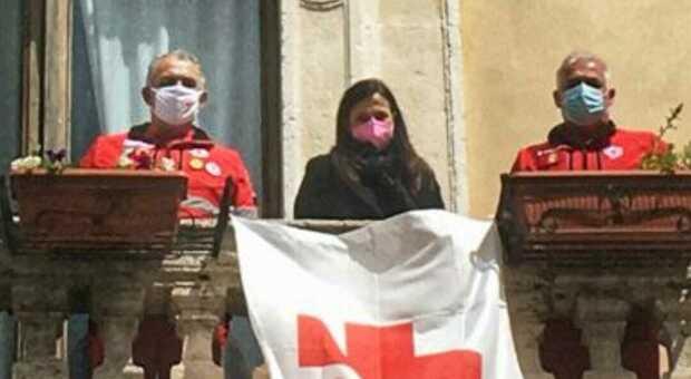 Settimana internazionale della Croce Rossa, anche il Comune di Rieti ospita la bandiera