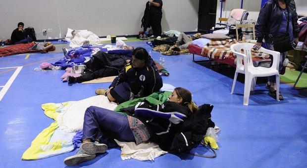 Terremoto, quelle vite stravolte in tenda «Era meglio non essere nati»