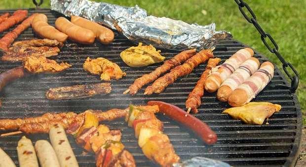 immagine Il barbecue è star in famiglia, purchè non infastidisca i vicini