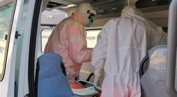 Teramo, dieci dipendenti no-vax alla Asl: scattano le lettere di sospensione