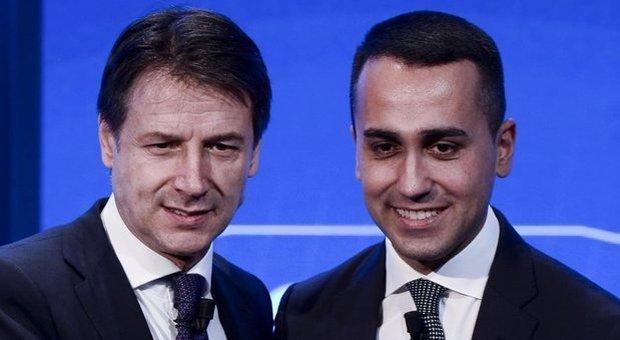 Manovra, altolà Di Maio a Conte: «Senza M5S non si fa niente». Torna l'asse con Renzi