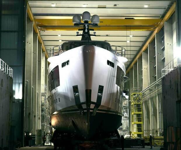 Dagli yacht superlusso alle scarpe da lavoro: ecco le stelle dell'Ipo-mania