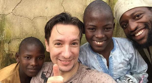 Luca Attanasio, ambasciatore italiano ucciso in Congo: «Arrestati dei sospetti»