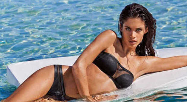 Costumi Da Bagno A Fascia : Bikini estate i costumi da bagno più chic foto my luxury
