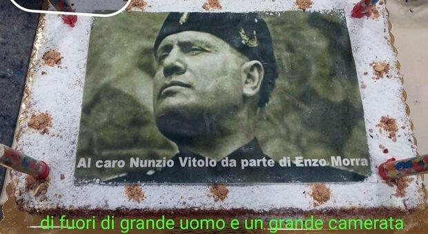 Napoli, torta di Mussolini alla festa di pensionamento: bufera al Municipio IV