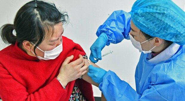 Vaccini, dubbi su quello cinese SinoVac: efficace fino al 91% in Turchia, solo al 50% in Brasile