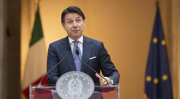 Coronavirus, Conte: «Tra opere strategiche alta velocità Pescara-Lecce e Roma-Pescara»