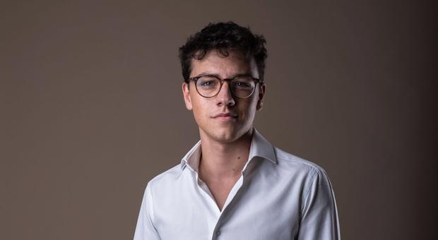 Roma, «ho 20anni e mi candido a sindaco»: Federico Lobuono il primo sfidante della Raggi