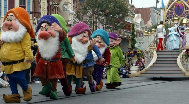 Disneyland in California diventa un maxi-centro per le vaccinazioni