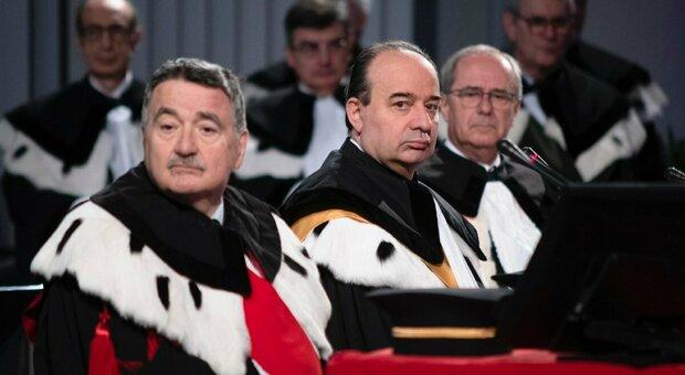 Al centro, il Rettore della Cattolica Franco Anelli