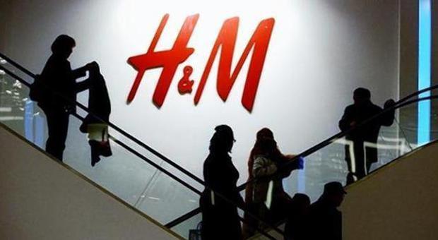 Cosa si nasconde dietro gli abiti di H&M? La fashion blogger 17enne svela il segreto