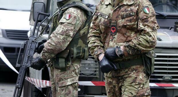 Appalti truccati e tangenti nelle Forze armate, il generale intercettato: «Il sistema funziona così»