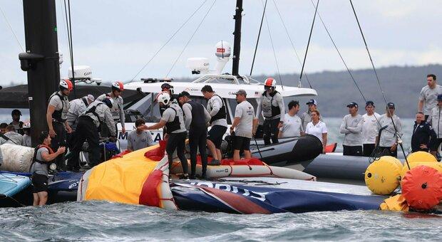 America' s Cup: incidente per American Magic nella regata contro Luna Rossa, barca danneggiata
