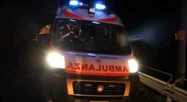Bari, tamponamento tra auto: morto bambino di 8 anni, la mamma e il fratellino ricoverati in codice rosso