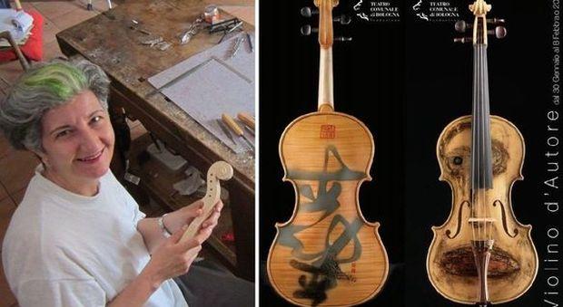Bologna, violini d'autore in mostra prendono vita sulle musiche di Astor Piazzolla