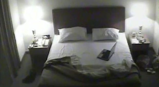 Filmavano i clienti in hotel con le telecamere nascoste: «Video sui ...