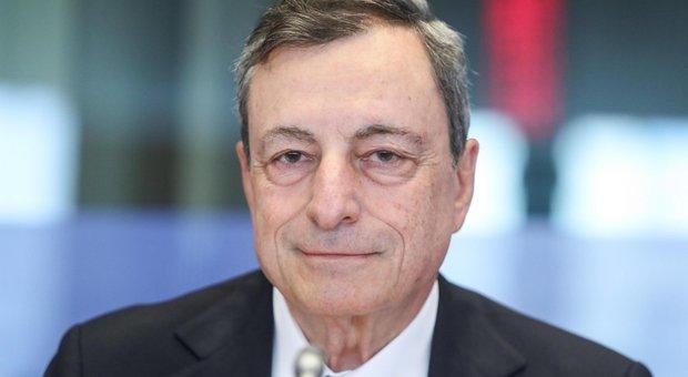 Manovra, Draghi crede nel compromesso con Di Maio e Salvini