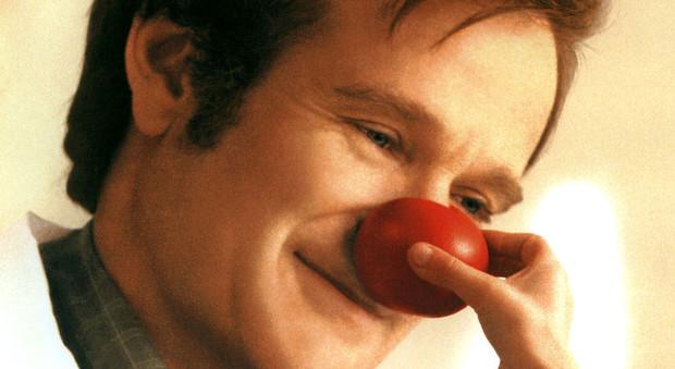 Robin Williams in una scena di Patch Adams