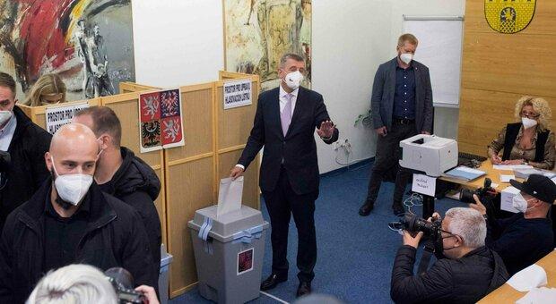 Repubblica Ceca, il premier Babis perde il primato alle elezioni legislative, secondo alle spalle del centrodestra