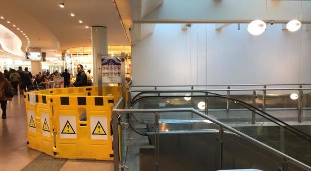 Roma, fumo da scala mobile a Termini: paura in stazione, impianto chiuso