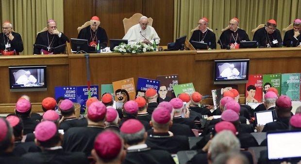 La questione femminile scombussola il Sinodo sull'Amazzonia, funzionaria Onu denuncia discriminazioni