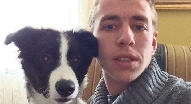 Operaio muore schiacciato dalle travi in acciaieria: Ivan Guizzardi aveva 26 anni