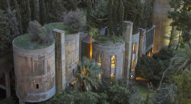 immagine Barcellona, un restauro lungo 45 anni: così una fabbrica abbandonata diventa villa di lusso