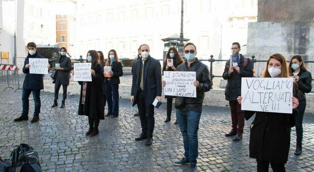 Esame avvocati: niente prova scritta ma due orali