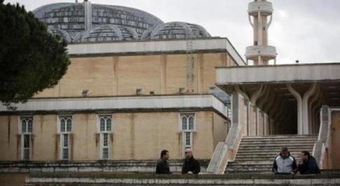 Coronavirus Roma, Sos della Moschea: troppe sepolture, cimitero islamico al completo
