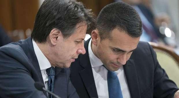 Governo, inizio 2020 caldo per Conte: M5S espelle Paragone, nodi prescrizione e referendum