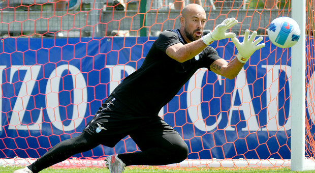 Auronzo, Reina verso la conferma da titolare: «Per Sarri ancora più importante il portiere coi piedi. Obiettivo far giocare la Lazio come il Napoli»