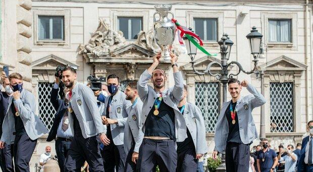 La giornata di sport azzurro fa il boom di ascolti: da Sky alla Rai in quanti davanti alla tv per la finale dell'Italia e di Berrettini