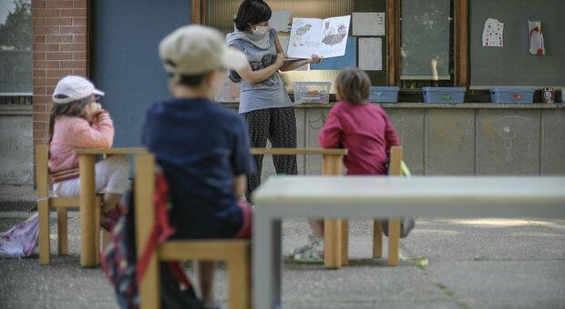 A scuola senza distanziamento, l'ira dei presidi: «Ci sentiamo presi in giro»