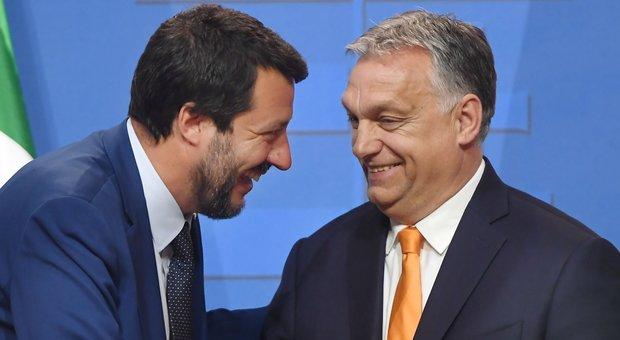 Salvini in Ungheria da Orban, visita a muro anti-migranti: