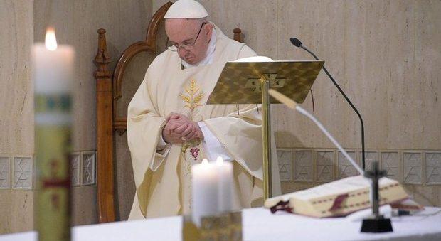 Fase 2, Papa Francesco: «Bisogna obbedire alle disposizioni perchè la pandemia non torni»