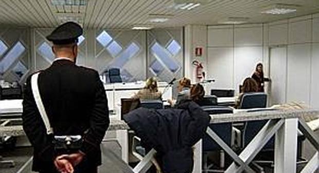 Ancona, la direttrice delle Poste sparisce con 1,6 milioni di euro per giocare al Superenalotto
