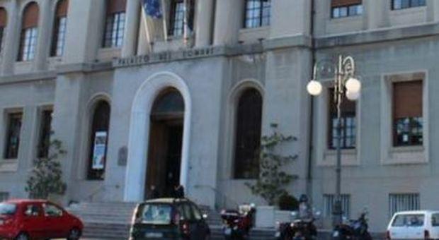 Genova, «studia troppo poco»: il Tar nega il permesso di soggiorno a ...