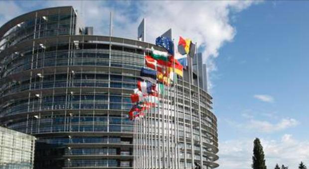 Bruxelles, in Parlamento pronta la maggioranza anti-sovranista Fuori M5S e Lega
