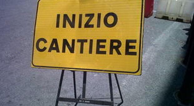 Pontina, cantieri nella notte fino al 23 settembre: carreggiate ristrette e limiti di velocità ridotti