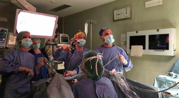 Mamma dopo un tumore più grande di una palla da golf. «Grazie a questi medici di Perugia»