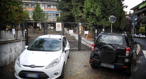Scuola, inizio d'anno difficile a Roma: mancano le cattedre