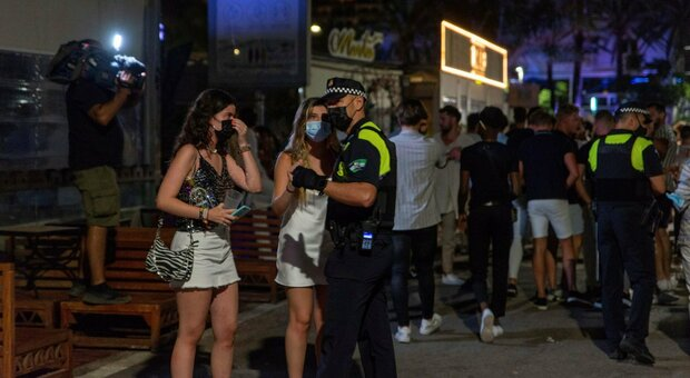 Covid, in Spagna aumento morti e terapie intensive ma incidenza in discesa
