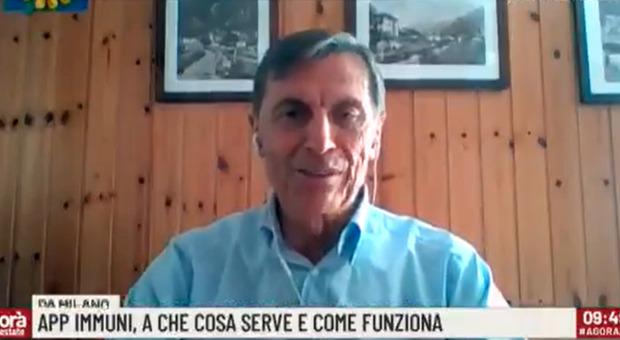 Covid, l'immunologo Mantovani: «Virus non è sparito, la mutazione 614G lo rende più aggressivo»