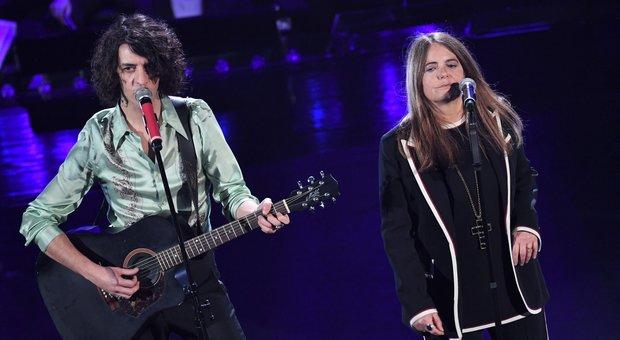 Sanremo 2019 diretta duetti: Motta-Nada miglior duetto tra i fischi, Ligabue incoronato re dell'Ariston