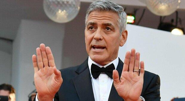 George Clooney ricoverato d'urgenza, perde 14 chili troppo velocemente per le riprese di un film