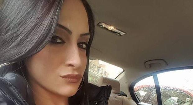 Trovata morta per overdose, la mamma a Chi l'ha Visto: «L'ex mi ha detto 'Ammazzo anche te'»