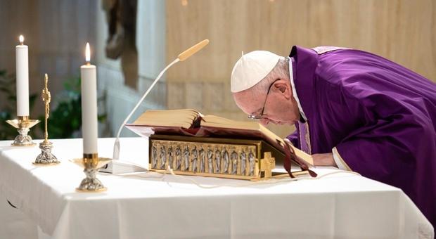 Papa Francesco indice un anno speciale per mettere in pratica la Laudato Sì e salvare l'ambiente