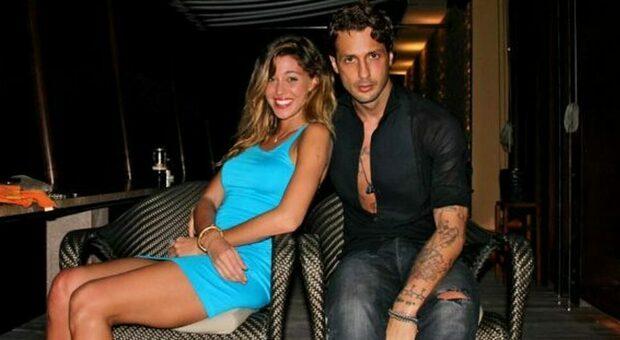 Fabrizio Corona, l'ex fidanzata Belen lo difende: «Ha già pagato abbastanza, ieri ho pianto per lui»