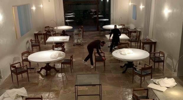 La foto postata sui social da Niko Romito è un'immagine eloquente di ciò che aspetta al settore della ristorazione