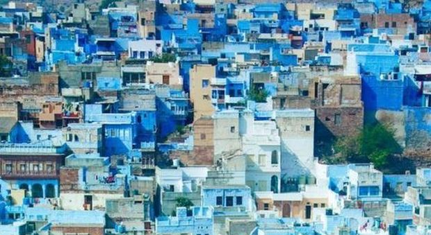 Case Blu Marocco : A tutto blu: dal marocco allindia magici villaggi color del mare